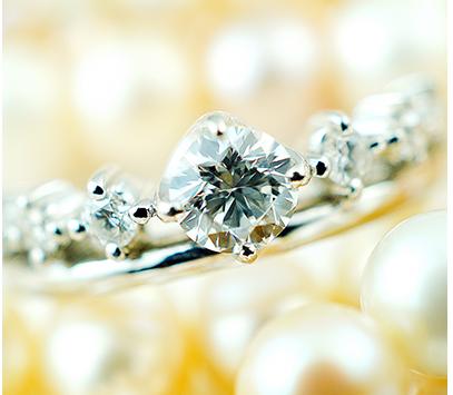 ダイヤモンドは貴重なものです。